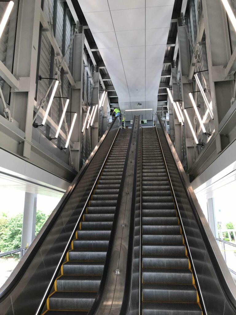 installing escalator