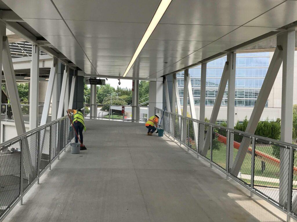 pedestrian bridge cleaning